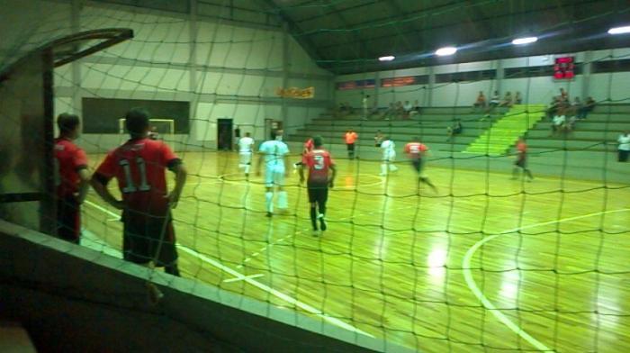 Iniciado Campeonato de Futsal em Augusto Pestana