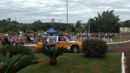 Comunidade realiza protesto pró ERS-522