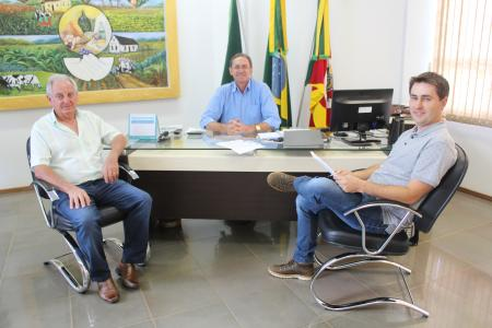 Vice-prefeito Waldir Callai assume o Executivo Pestanense