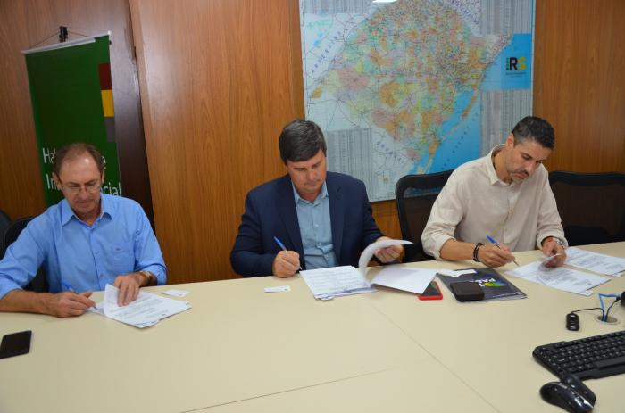 Município assina convênio para perfuração de novos poços