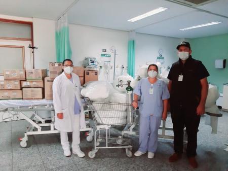 Secretaria de Saúde e Hospital São Francisco doam materiais hospitalares ao HCI